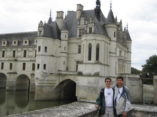 William and Ryan at Château de Chenonceau