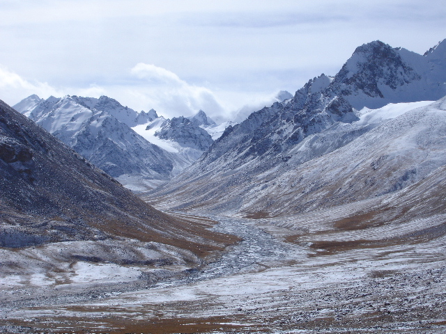 View from the road from Tashkurgan to the Chinese/Pakistani border on the Karakoram Highway