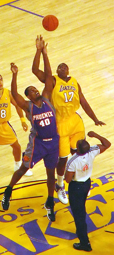 Lakers vs. Suns (Season opener: 10/31/06)