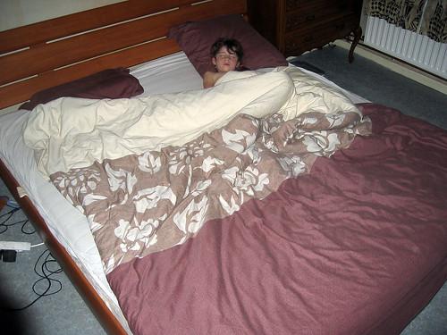 Zelie in ons bed in slaap gevallen