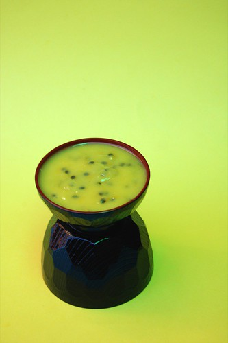 passionfruit curd© by haalo
