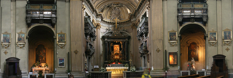 Church of S Maria dei Miracoli in Rome from http://www.panoramicearth.com
