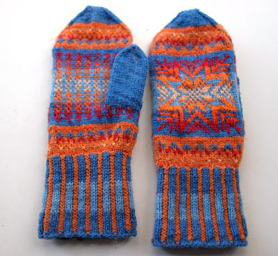 Northern Lights mittens