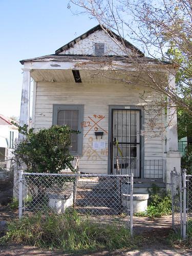 603 Tricou Street