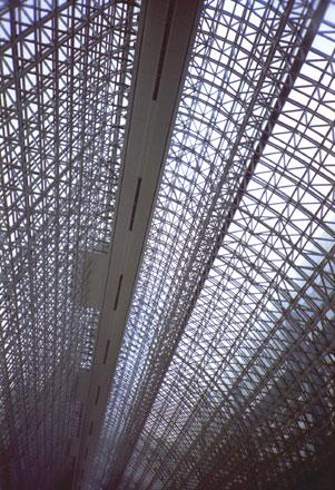 京都駅鉄骨