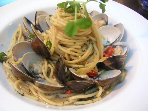20061125_「靴子」義大利餐館_香蒜白酒蛤蠣麵
