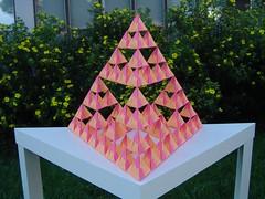 sierpinski-tetrahedron-tri-2
