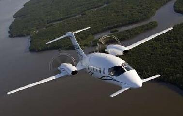 Fly in the Piggio Avanti
