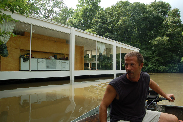 farnsworth house photo by park.will