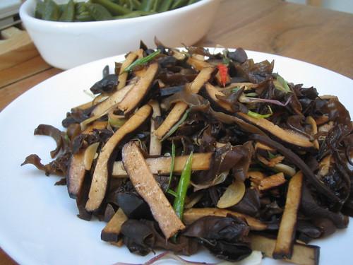 black stir-fry