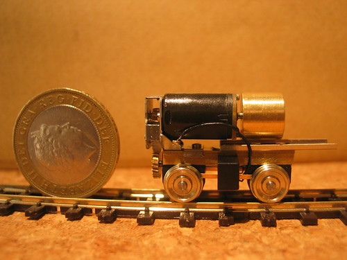 Bullant power bogie and £2 coin