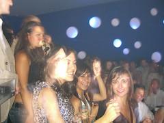 Cristina, Karla, Danai y Tamara, en la bouzoukia