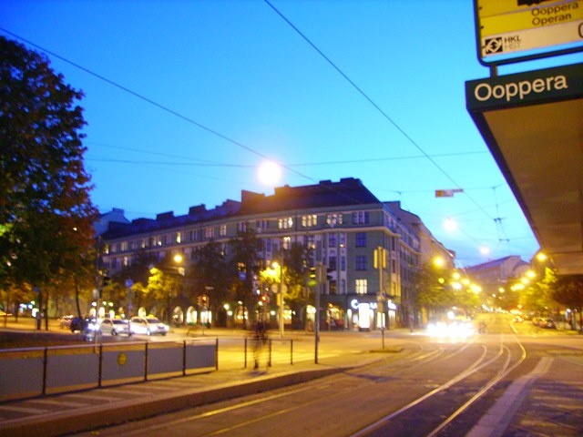 the opera tramstop