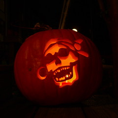Pirate skull pumpkin