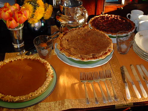 Thanskgiving 04 pies presented