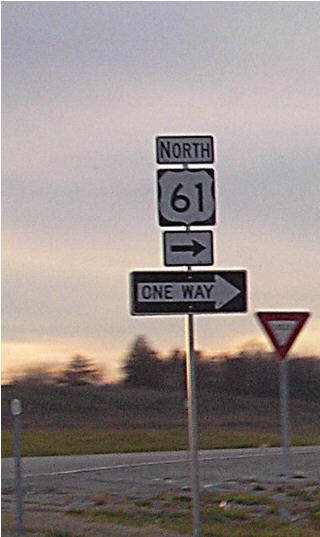 Highway 61 exit to Bowling Green, MO