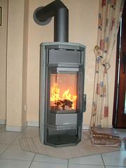 Brennender Kaminofen