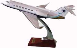 Avión a escala