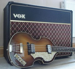 hofner & vox photo by graguitar