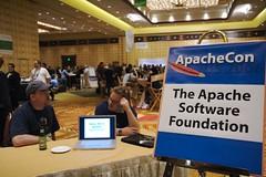 ApacheCon 2006
