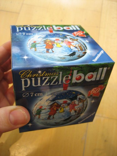 Christmas puzzled ball box