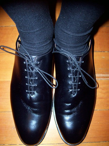 Stretching Non Leather Shoes