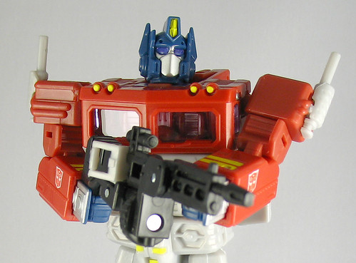 Classics Optimus Prime (Ultimate Battle 2-Pack version)