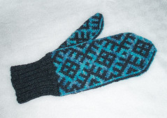 mostly mittens tumppu 5