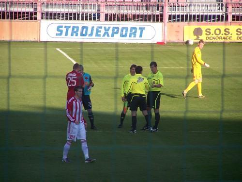 5131375526 d09e34bdf7 Stadions en wedstrijd Praag