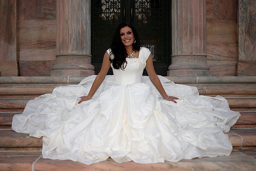 luxurious wedding dress with a white cloth bandage