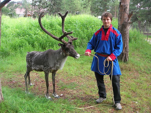 tradition of the saamis laplanders Sami in finland xx-xx-xxxx http  oral tradition persists but is quickly changing through isolation from its context during the summer a ten day festival is held.