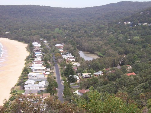 Pearl Beach lagoon from Mount Ettalong