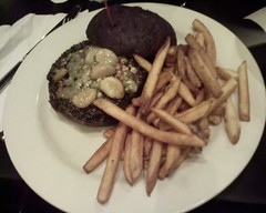 The best burger in the world, eaten for dinner after the 2006 Chicago Marathon