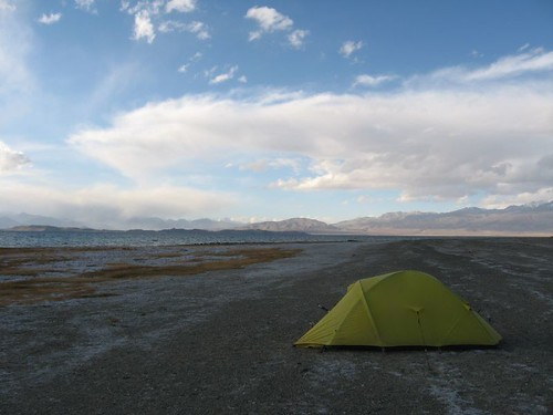 The shores of Karakol Lake, Tajikistan / タジキスタンのカラコル湖岸