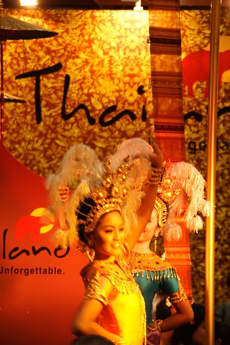 旅展泰國舞蹈表演