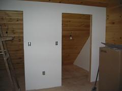 Primed walls 02