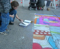Talbot Hopkins views John Palmer art at the Via Colori fest, Houston