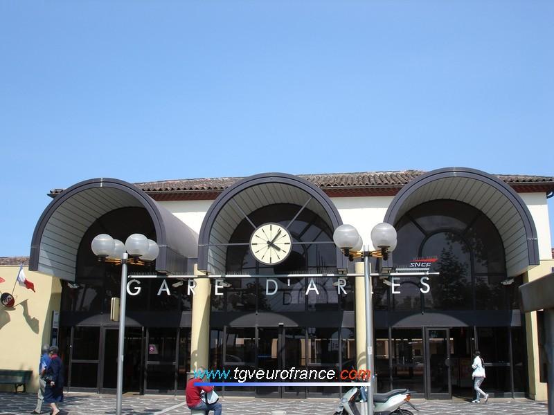 La gare SNCF d'Arles (13200)