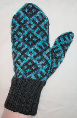 mostly mittens tumppu 3