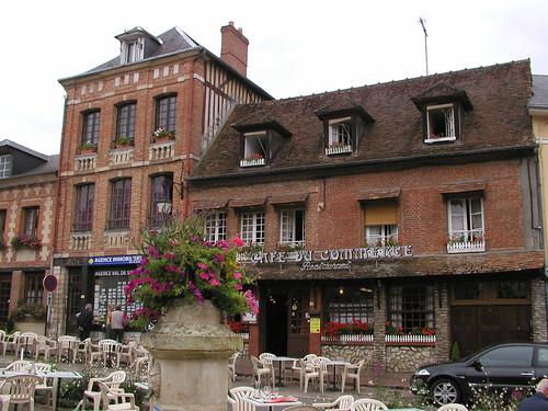 Lyons-la-Foret HY 002