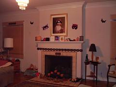 Hallowe'en Decorated Fireplace