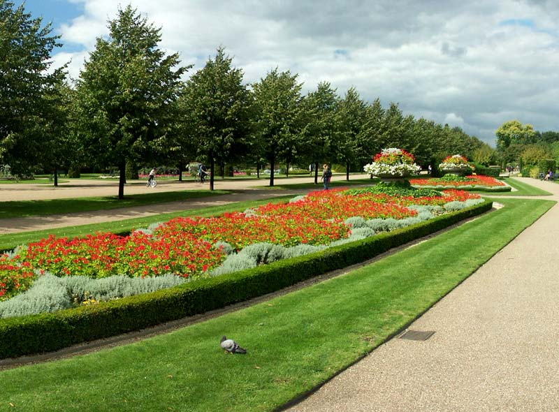 Avenue Gardens in The Regents Park, a Royal Park in London