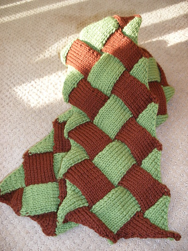 Knitty's Danica Scarf for ISE Pal