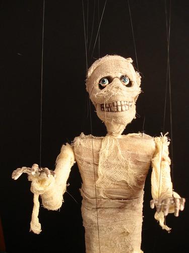 Mummy marionette