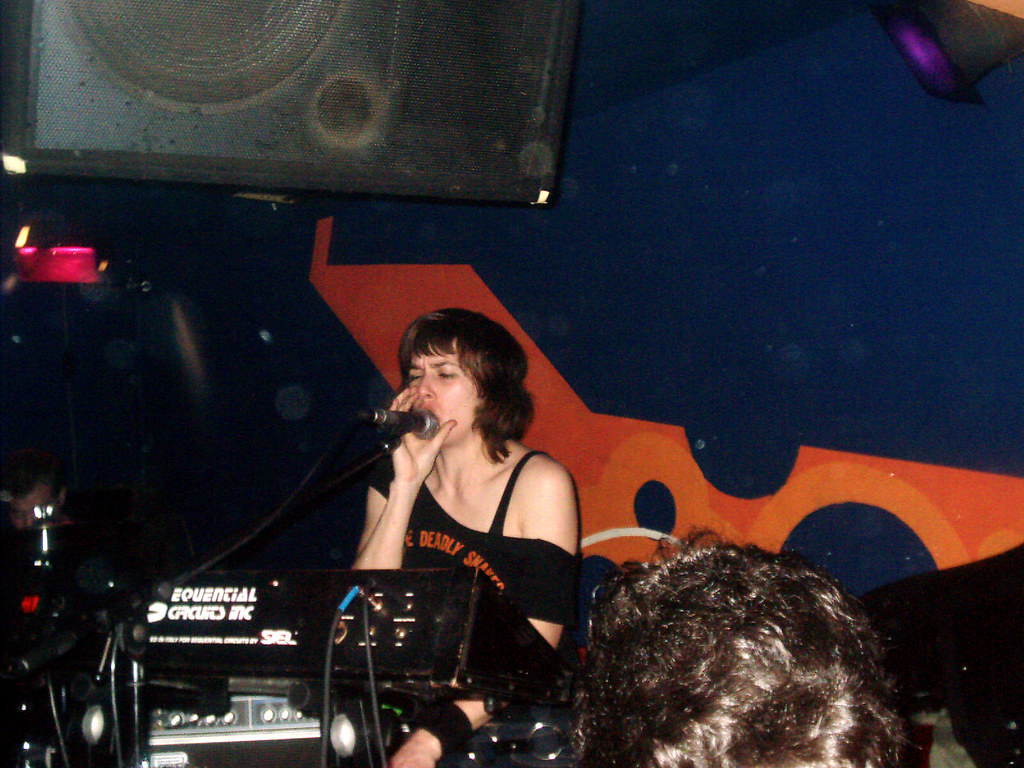 LOST SOUNDS + NAUGHTY ZOMBIES, 3 de Abril de 2005, Sala Siroco (Madrid)