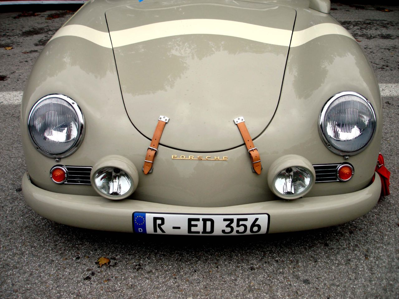 PORSCHE 356 BEIGE MORRO