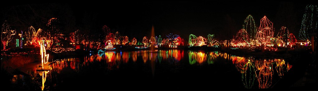 Columbus Zoo WildLights display