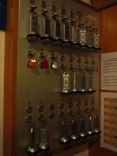 The Key System, Hotel Toscana