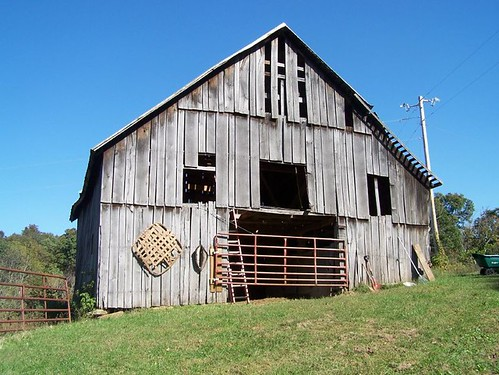 An old horse stable barn in Kentucky