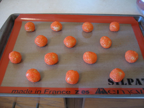 Halloween cookies before baking ... on my new pwecious Silpat that works sooo well!!!